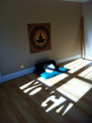 yoga_shadow